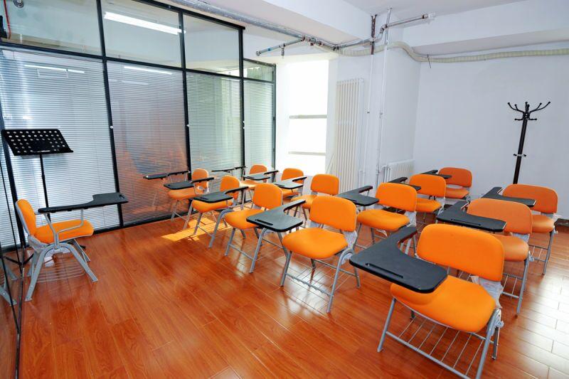 雅风小语种 海蔚校区教室